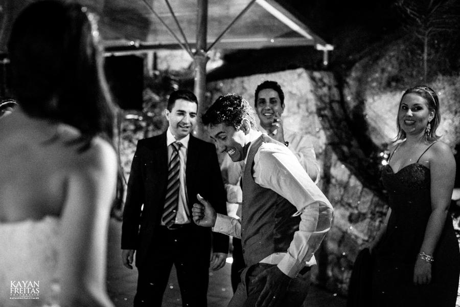 casamento-mari-fernando-0168 Mariana + Fernando - Casamento em Florianópolis - Pier 54