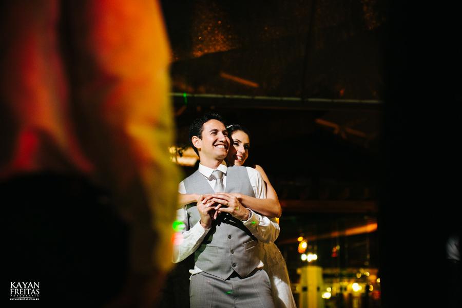 casamento-mari-fernando-0169 Mariana + Fernando - Casamento em Florianópolis - Pier 54