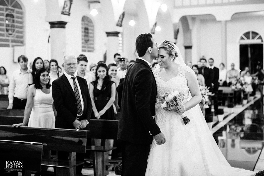 larissa-junior-casamento-0054 Larissa + Junior - Casamento em Biguaçu