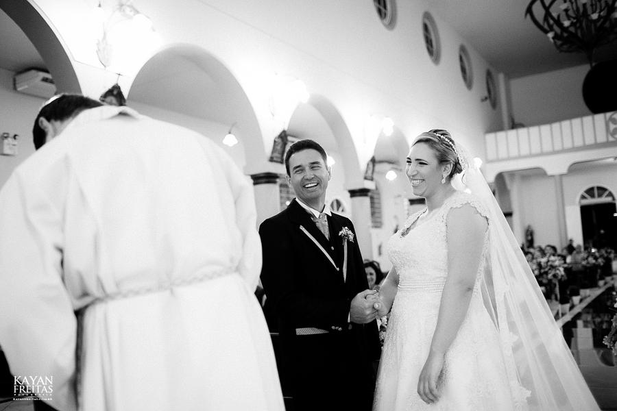 larissa-junior-casamento-0070 Larissa + Junior - Casamento em Biguaçu