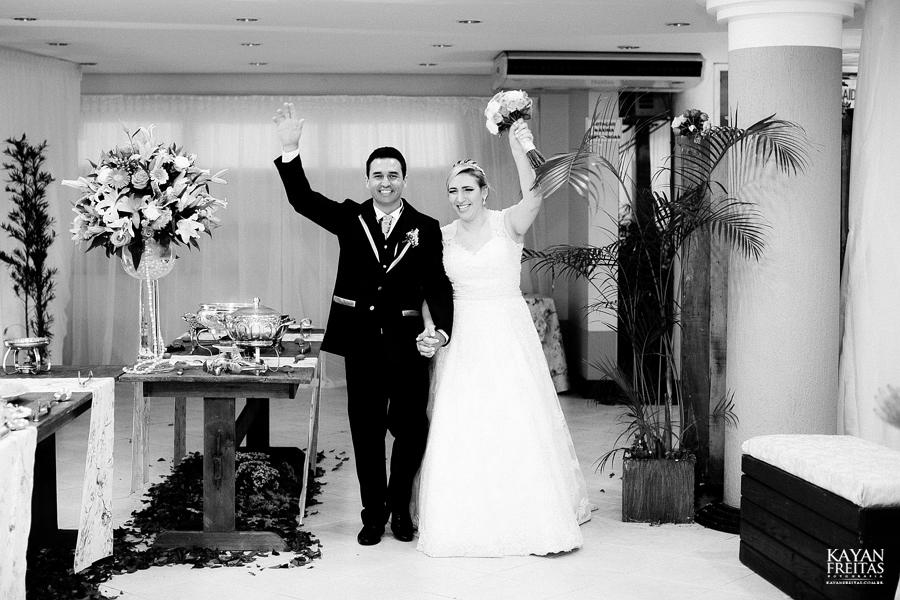 larissa-junior-casamento-0095 Larissa + Junior - Casamento em Biguaçu