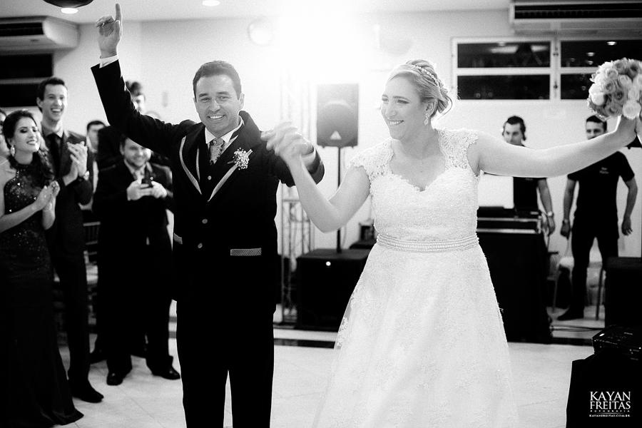 larissa-junior-casamento-0097 Larissa + Junior - Casamento em Biguaçu