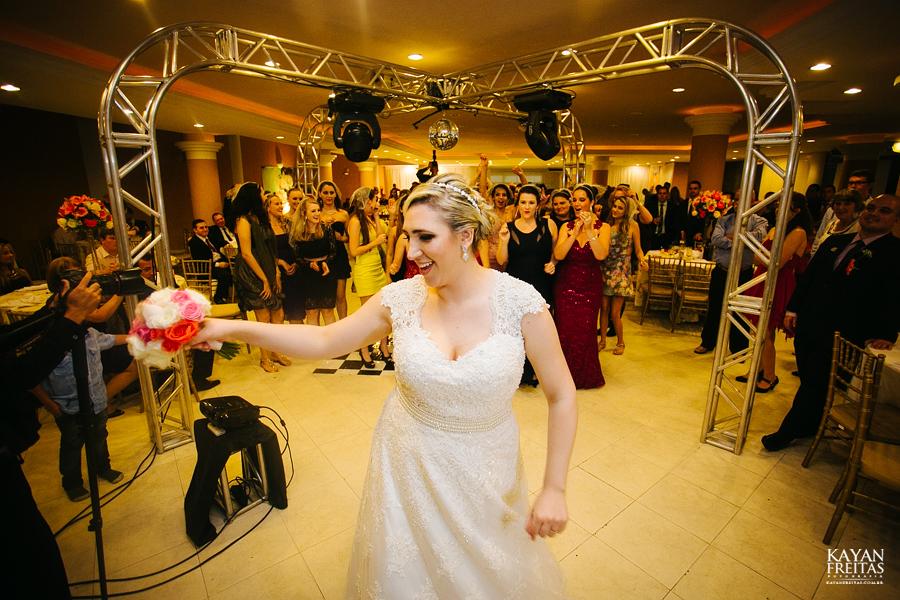 larissa-junior-casamento-0103 Larissa + Junior - Casamento em Biguaçu