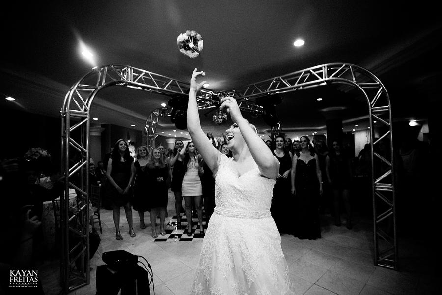 larissa-junior-casamento-0105 Larissa + Junior - Casamento em Biguaçu