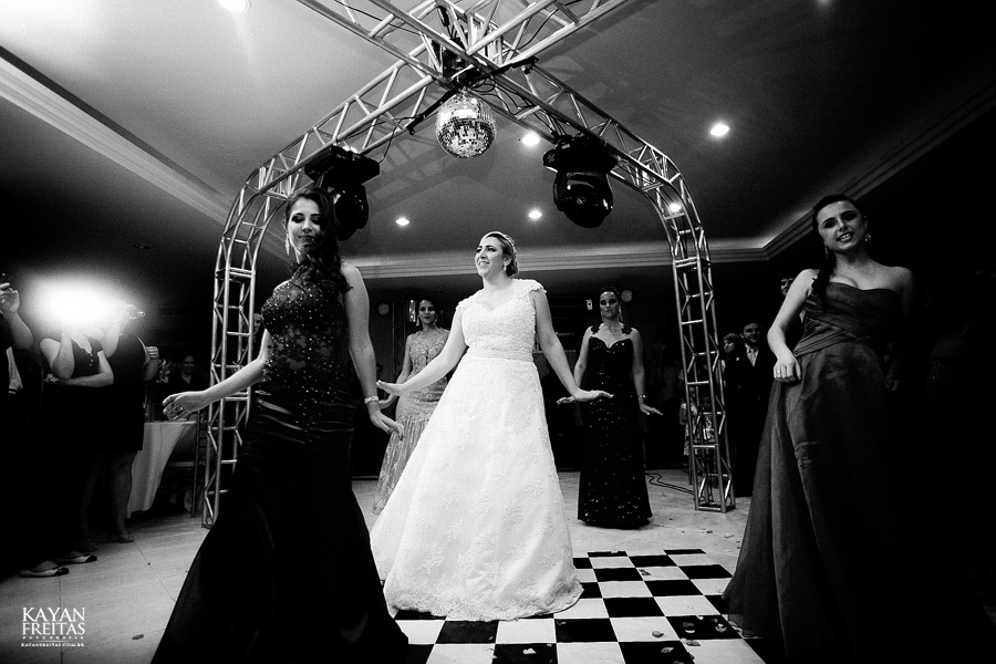 larissa-junior-casamento-0114 Larissa + Junior - Casamento em Biguaçu