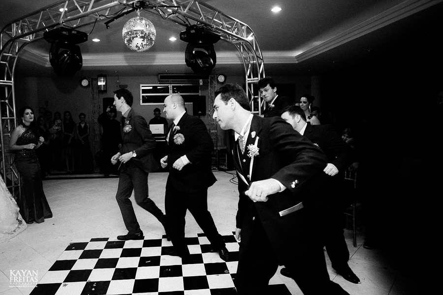 larissa-junior-casamento-0116 Larissa + Junior - Casamento em Biguaçu