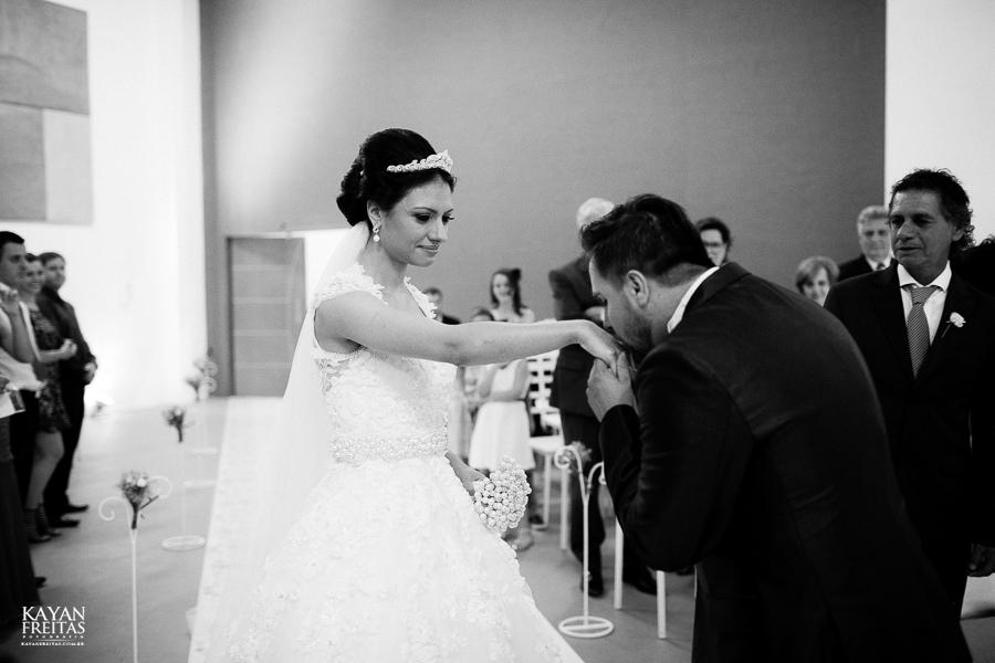 renatta-volnei-0043 Renatta + Volnei - Casamento em São José