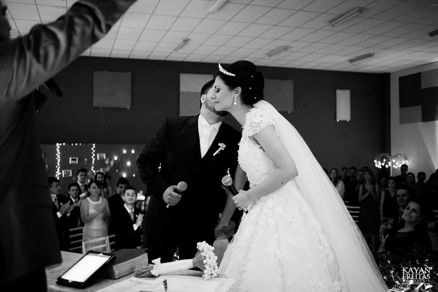 renatta-volnei-0053 Renatta + Volnei - Casamento em São José