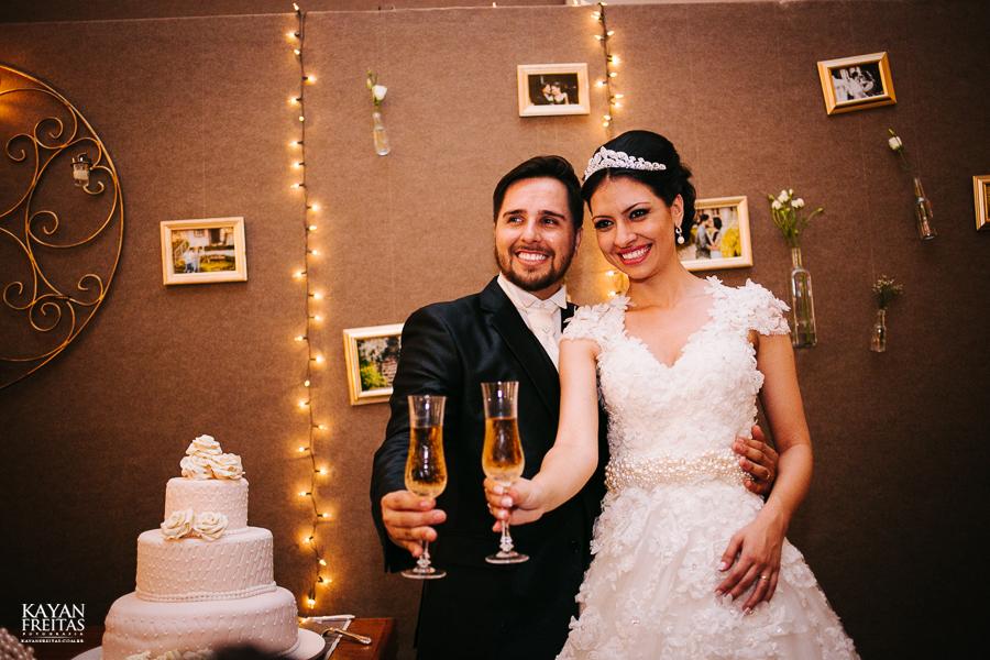 renatta-volnei-0083 Renatta + Volnei - Casamento em São José