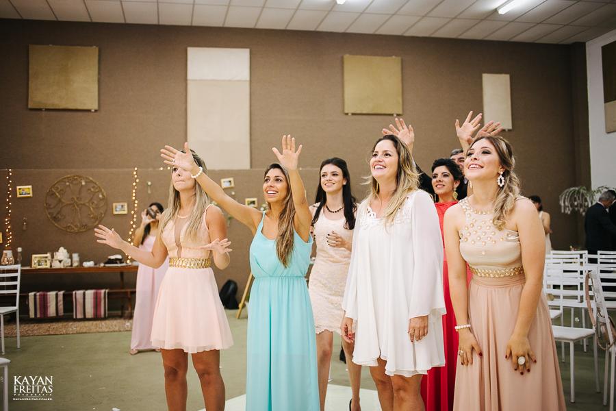 renatta-volnei-0093 Renatta + Volnei - Casamento em São José