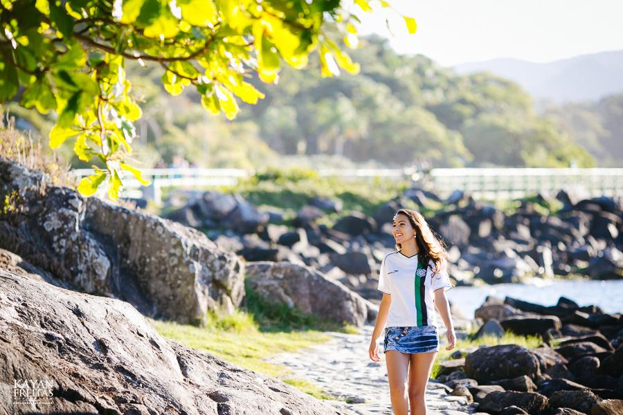 laura-pre15anos-0025 Laura Rodrigues - Sessão pre 15 anos Florianópolis