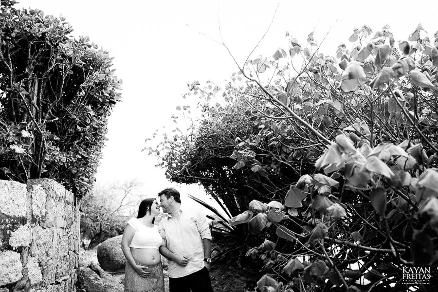 monica-rodrigo-0022 Mônica + Rodrigo = Heitor - Sessão Gestante em Florianópolis