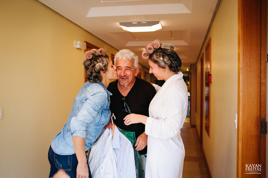 casamento-alamedacasarosa-dani-gabi-0005 Casamento Gabriela e Daniel - Alameda Casa Rosa - Florianópolis