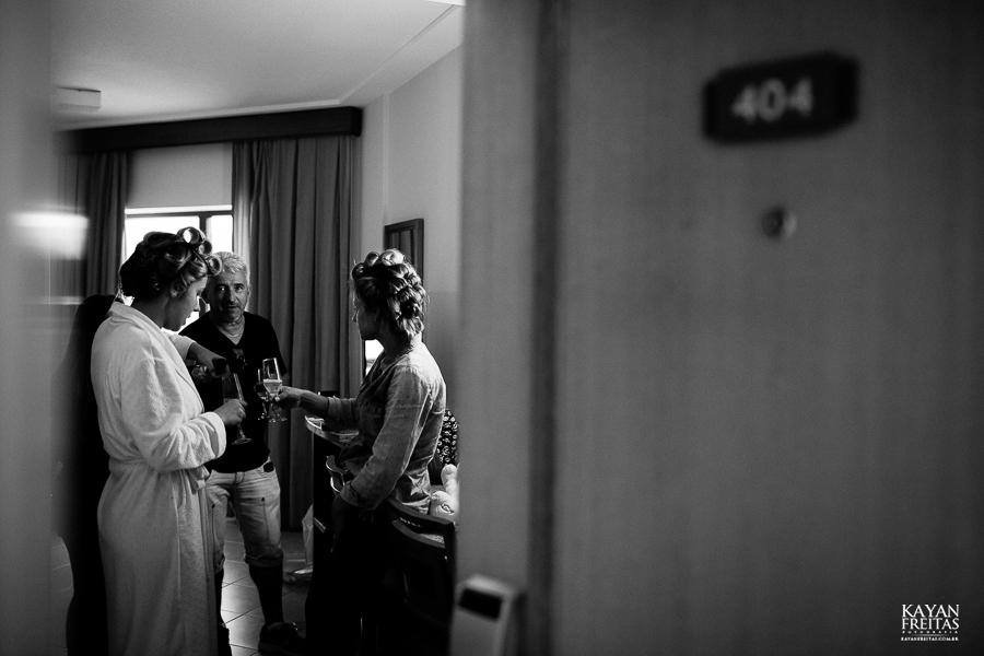casamento-alamedacasarosa-dani-gabi-0010 Casamento Gabriela e Daniel - Alameda Casa Rosa - Florianópolis