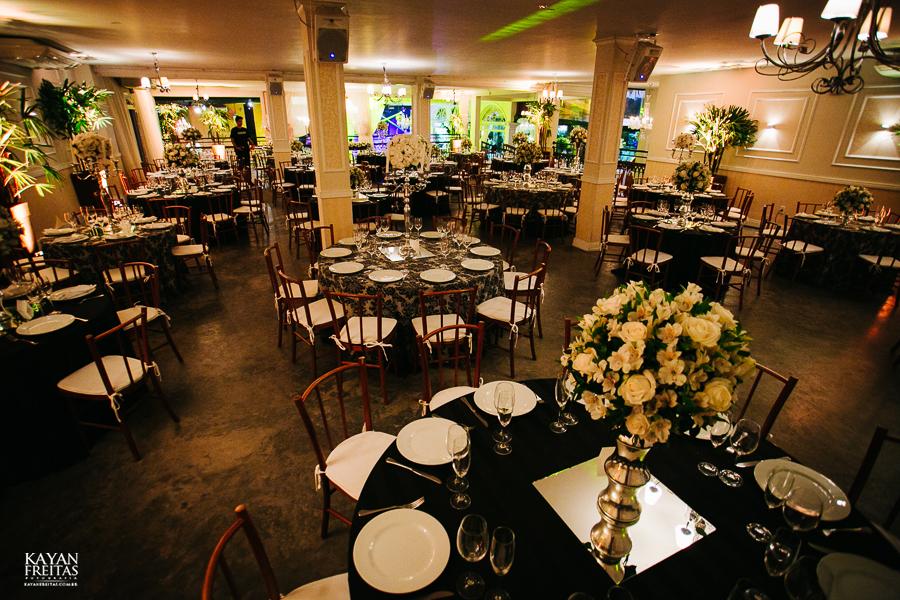 casamento-alamedacasarosa-dani-gabi-0031 Casamento Gabriela e Daniel - Alameda Casa Rosa - Florianópolis