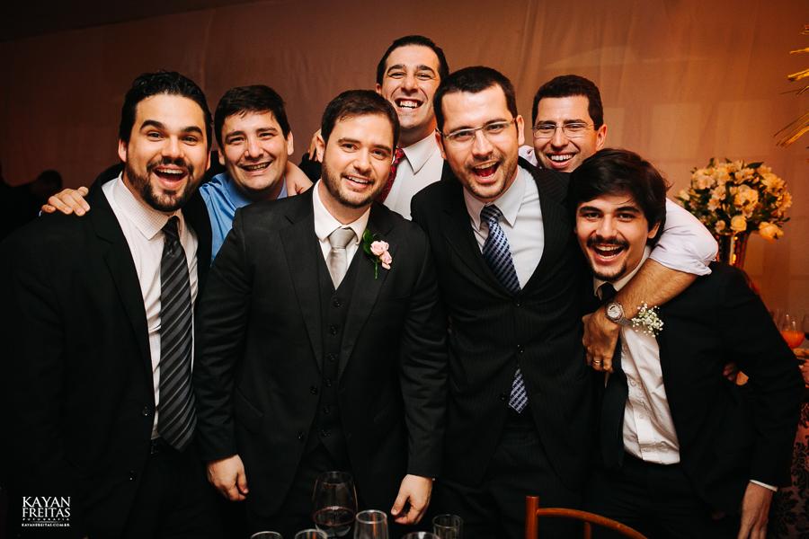 casamento-alamedacasarosa-dani-gabi-0112 Casamento Gabriela e Daniel - Alameda Casa Rosa - Florianópolis