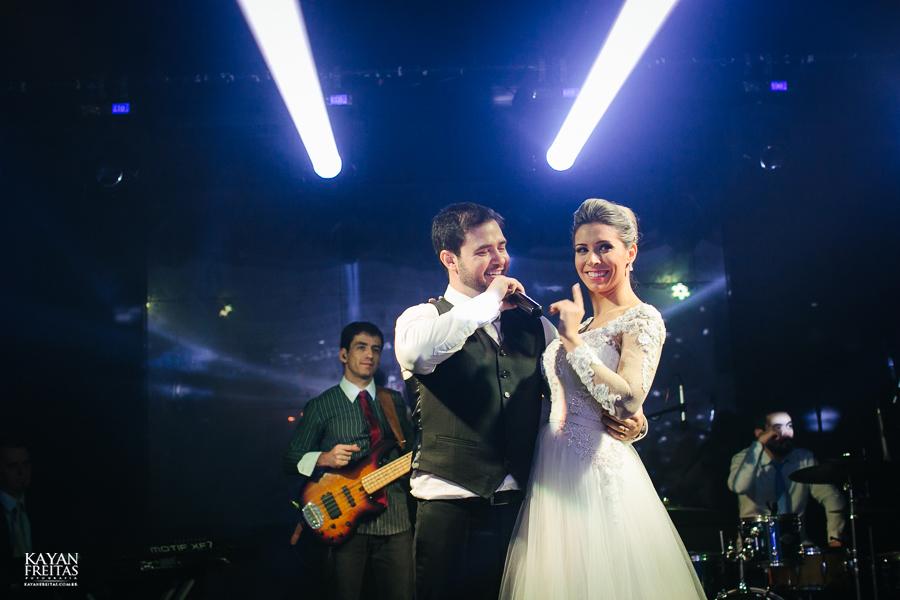 casamento-alamedacasarosa-dani-gabi-0127 Casamento Gabriela e Daniel - Alameda Casa Rosa - Florianópolis