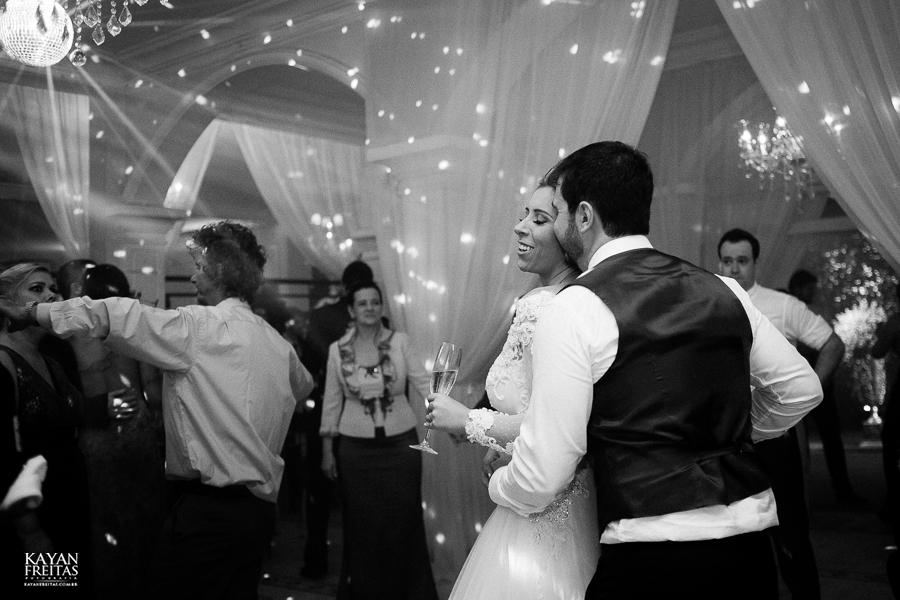 casamento-alamedacasarosa-dani-gabi-0129 Casamento Gabriela e Daniel - Alameda Casa Rosa - Florianópolis