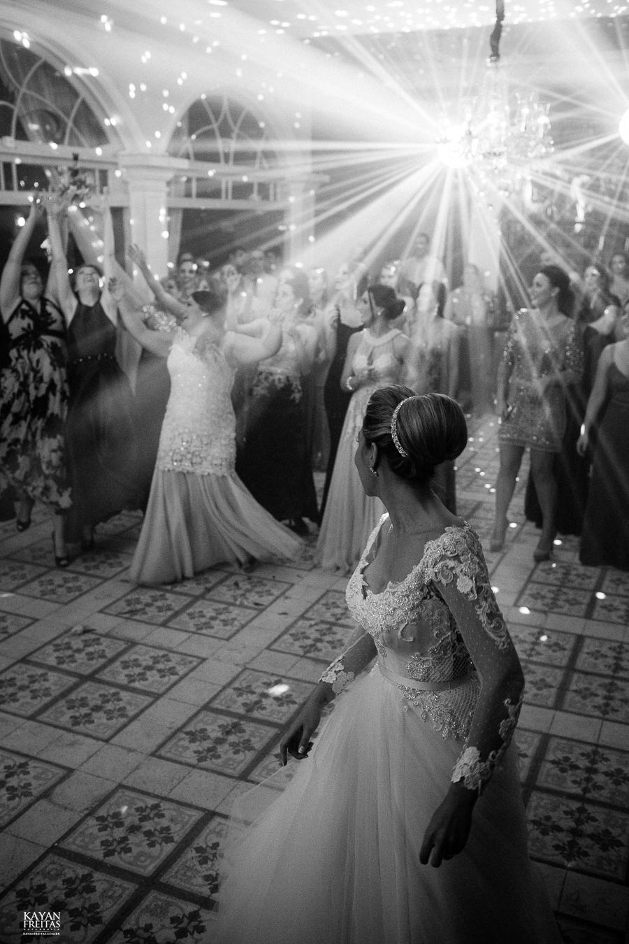 casamento-alamedacasarosa-dani-gabi-0134 Casamento Gabriela e Daniel - Alameda Casa Rosa - Florianópolis