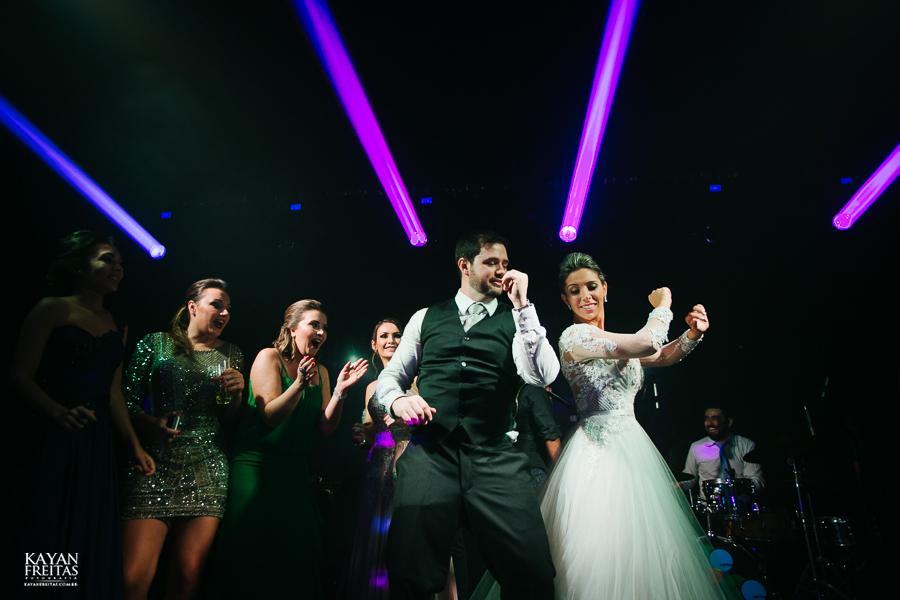 casamento-alamedacasarosa-dani-gabi-0146 Casamento Gabriela e Daniel - Alameda Casa Rosa - Florianópolis