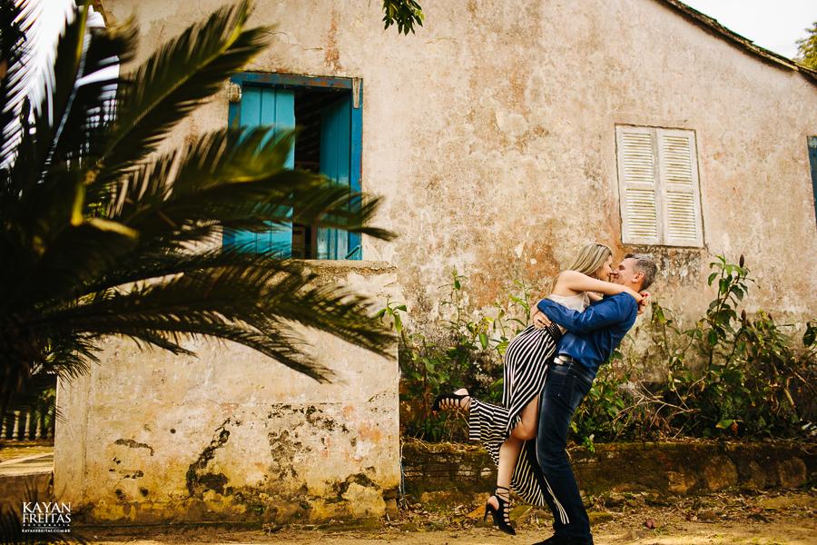 precaasmento-roberta-adriano-0014 Sessão Pré Casamento Roberta e Adriano - Florianópolis