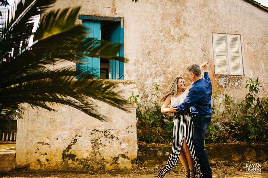 precaasmento-roberta-adriano-0017 Sessão Pré Casamento Roberta e Adriano - Florianópolis