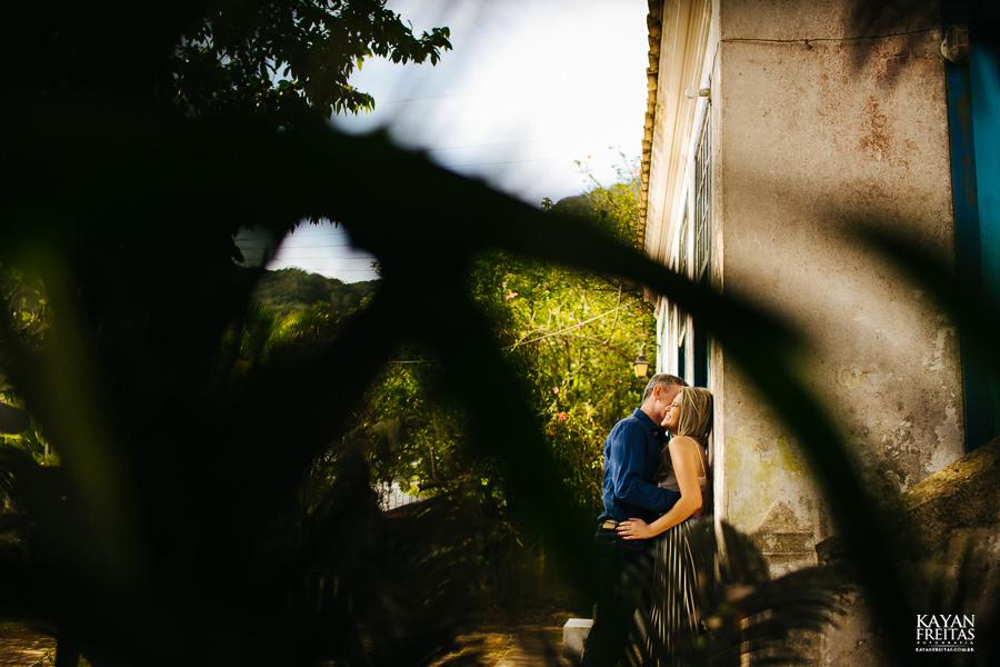 precaasmento-roberta-adriano-0019 Sessão Pré Casamento Roberta e Adriano - Florianópolis
