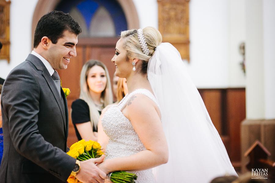 tiago-mayara-casamento-0055 Casamento Mayara e Tiago - Santo Amaro da Imperatriz