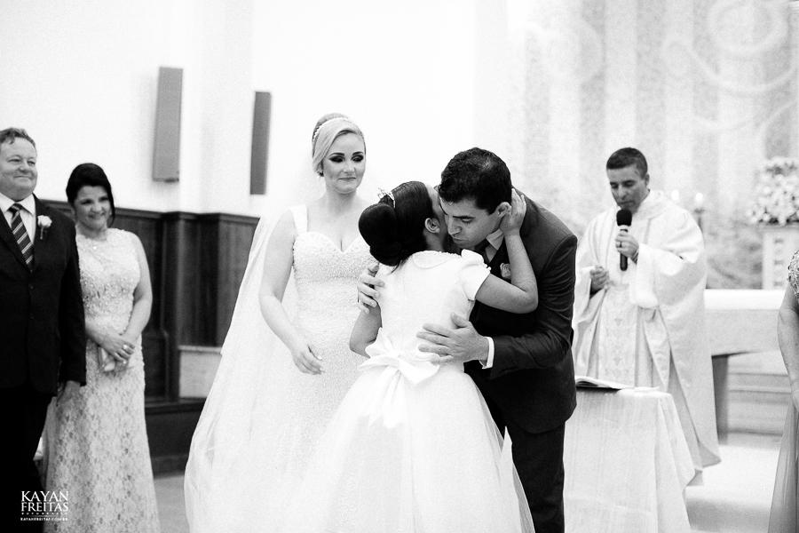 tiago-mayara-casamento-0072 Casamento Mayara e Tiago - Santo Amaro da Imperatriz