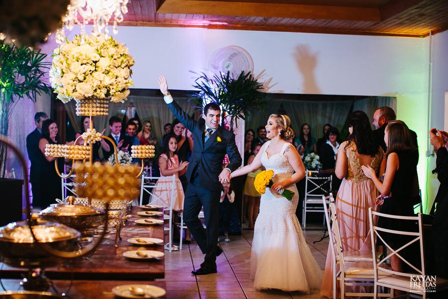 tiago-mayara-casamento-0093 Casamento Mayara e Tiago - Santo Amaro da Imperatriz
