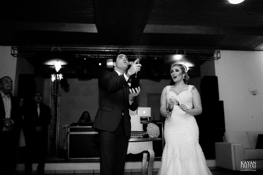 tiago-mayara-casamento-0095 Casamento Mayara e Tiago - Santo Amaro da Imperatriz