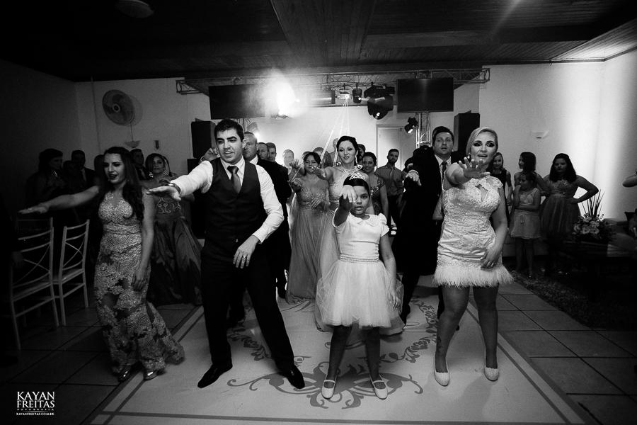 tiago-mayara-casamento-0106 Casamento Mayara e Tiago - Santo Amaro da Imperatriz