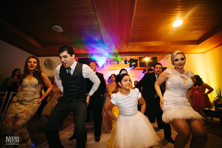 tiago-mayara-casamento-0107 Casamento Mayara e Tiago - Santo Amaro da Imperatriz