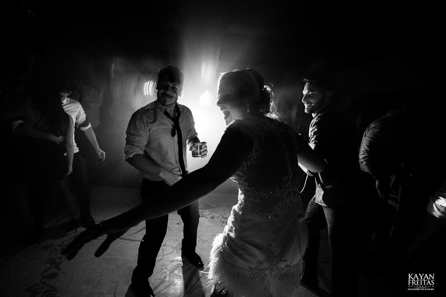 tiago-mayara-casamento-0127 Casamento Mayara e Tiago - Santo Amaro da Imperatriz