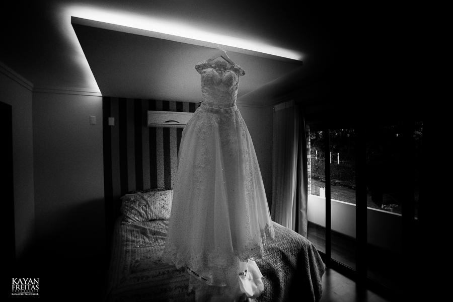 lais-brayan-casamento-0001 Casamento Lais e Brayan - Santo Amaro da Imperatriz