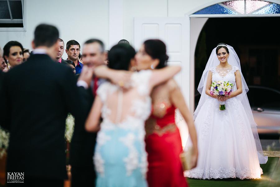 lais-brayan-casamento-0060 Casamento Lais e Brayan - Santo Amaro da Imperatriz