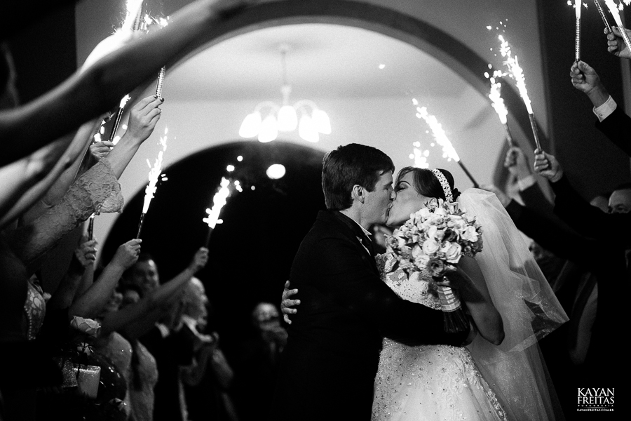 lais-brayan-casamento-0105 Casamento Lais e Brayan - Santo Amaro da Imperatriz