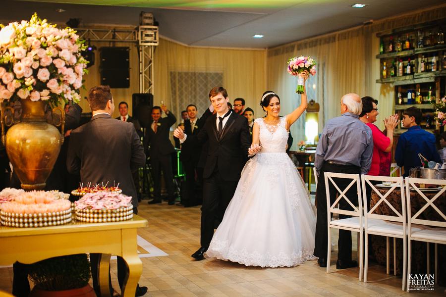 lais-brayan-casamento-0112 Casamento Lais e Brayan - Santo Amaro da Imperatriz