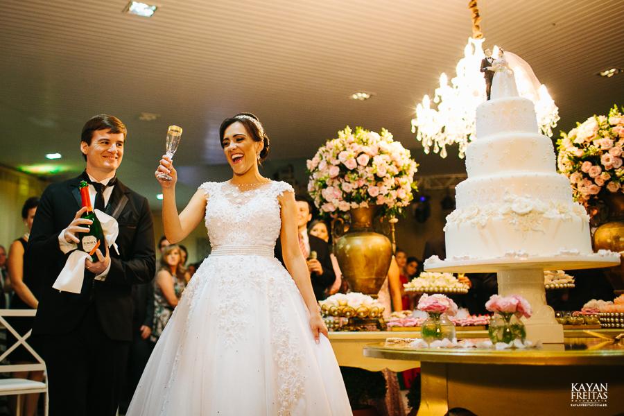 lais-brayan-casamento-0114 Casamento Lais e Brayan - Santo Amaro da Imperatriz