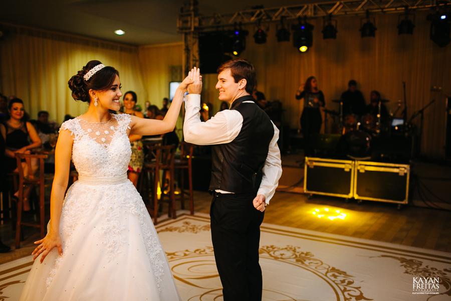 lais-brayan-casamento-0124 Casamento Lais e Brayan - Santo Amaro da Imperatriz