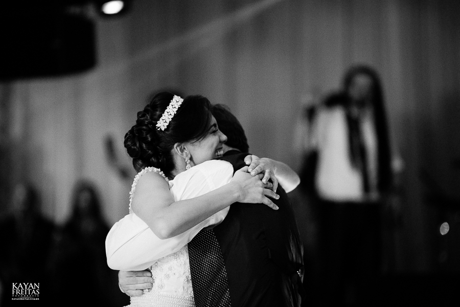 lais-brayan-casamento-0128 Casamento Lais e Brayan - Santo Amaro da Imperatriz
