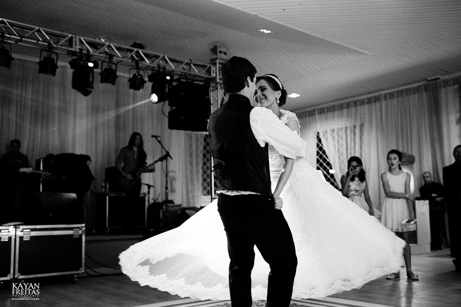 lais-brayan-casamento-0129 Casamento Lais e Brayan - Santo Amaro da Imperatriz