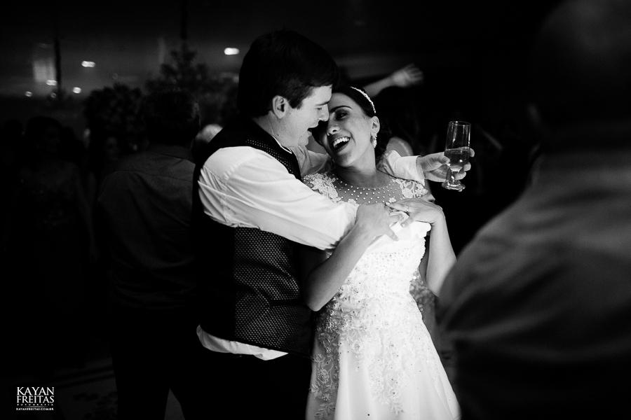 lais-brayan-casamento-0153 Casamento Lais e Brayan - Santo Amaro da Imperatriz