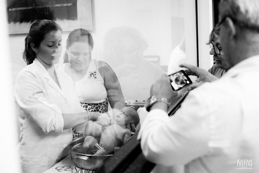 fotografia-parto-vinicius-0042 Nascimento do Vinícius - Clinica Santa Helena Florianópolis