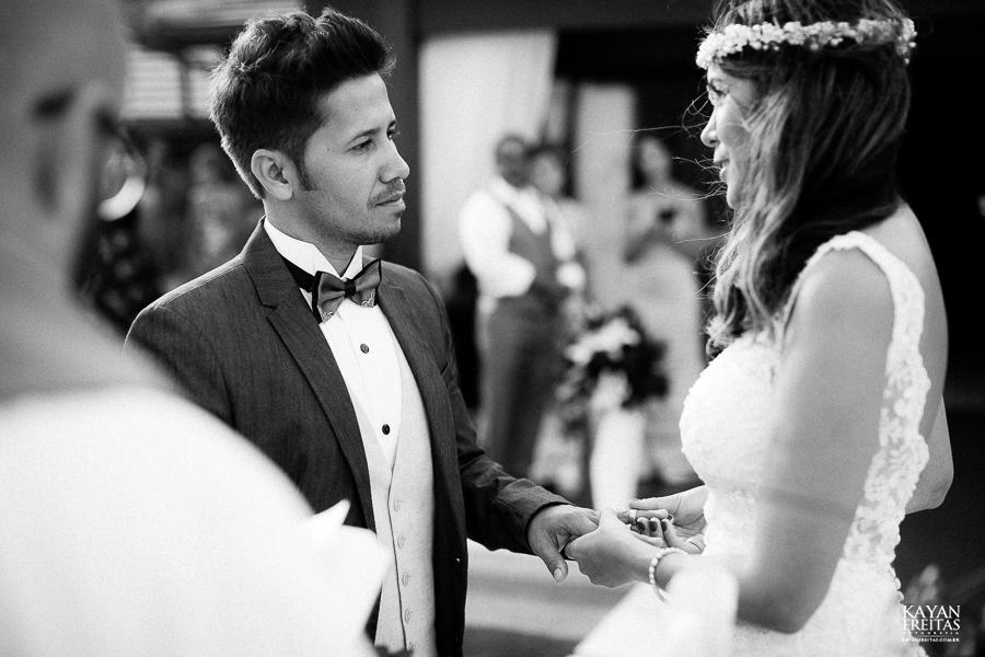 eliane-luis-casamento-0064-1 Casamento em Garopaba - Eliane e Luis - Morada da Prainha