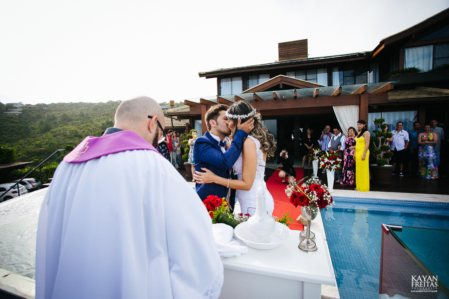 eliane-luis-casamento-0066-1 Casamento em Garopaba - Eliane e Luis - Morada da Prainha