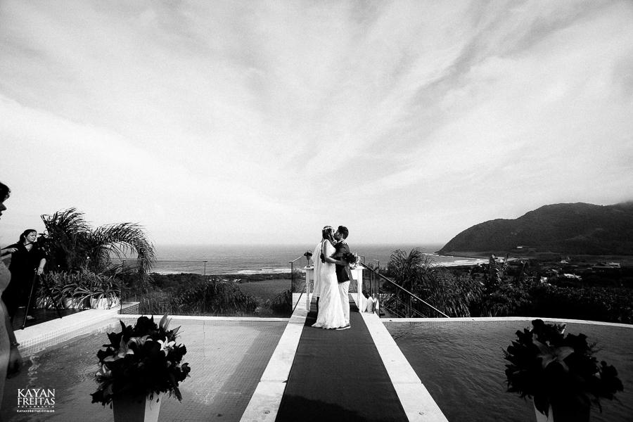 eliane-luis-casamento-0070-1 Casamento em Garopaba - Eliane e Luis - Morada da Prainha