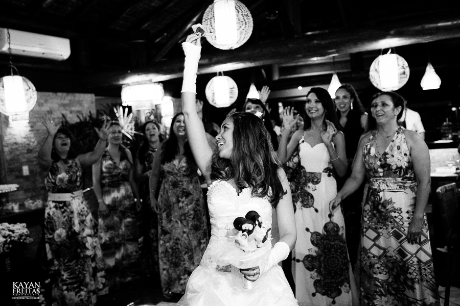 eliane-luis-casamento-0089 Casamento em Garopaba - Eliane e Luis - Morada da Prainha