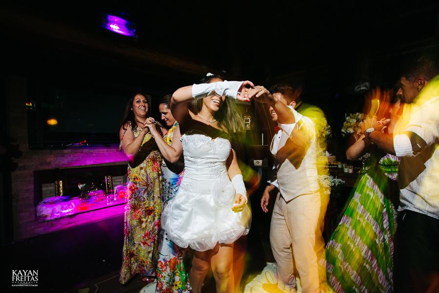 eliane-luis-casamento-0094 Casamento em Garopaba - Eliane e Luis - Morada da Prainha