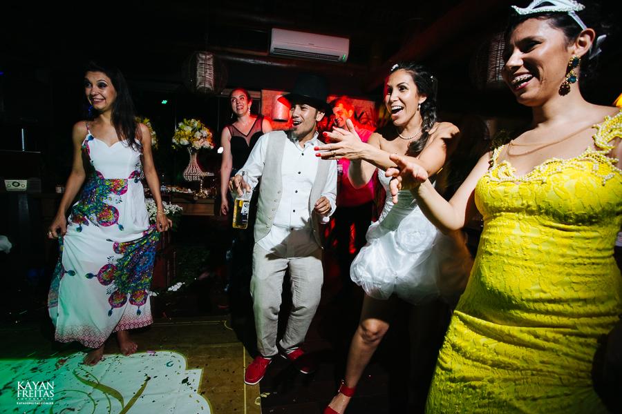 eliane-luis-casamento-0103 Casamento em Garopaba - Eliane e Luis - Morada da Prainha